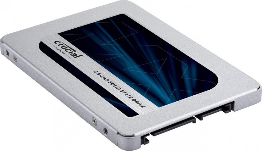 Perspective view of the Crucial MX500 SSD.